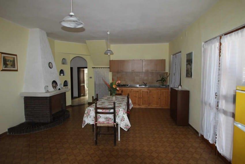 cucina-soggiorno-villa-ginepro
